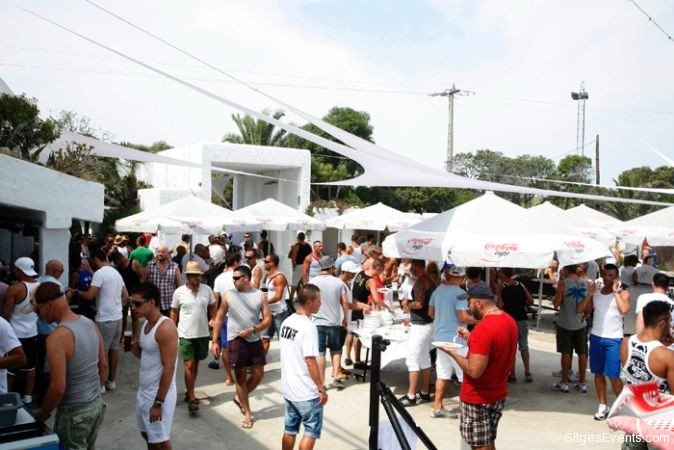 circuit-festival-beach-party-sitges-5