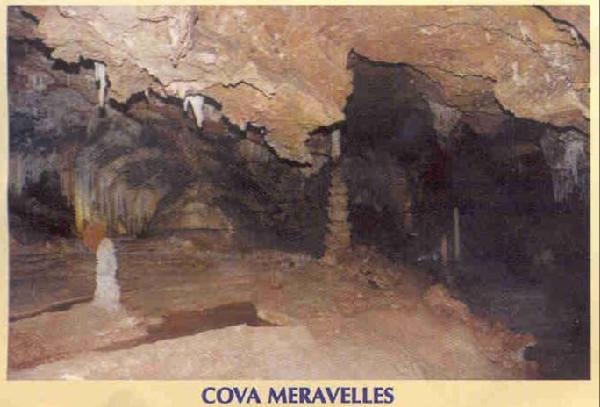 Caves Cova del Meravelles