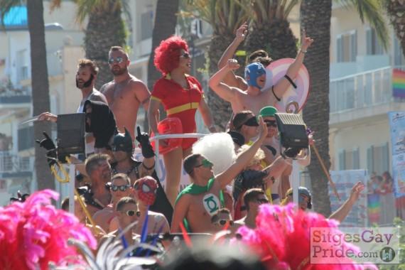 sitges-gay-pride-parade-020