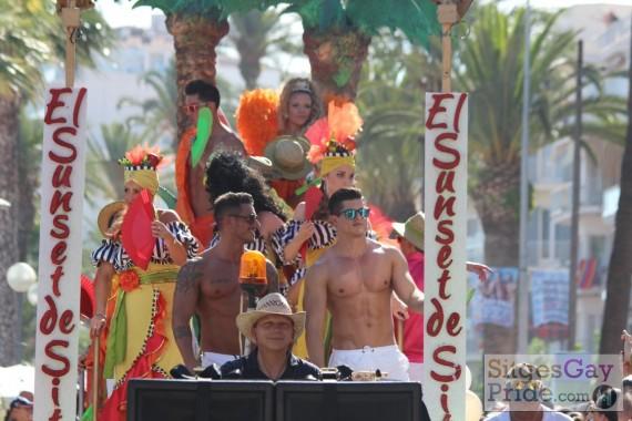 sitges-gay-pride-parade-096