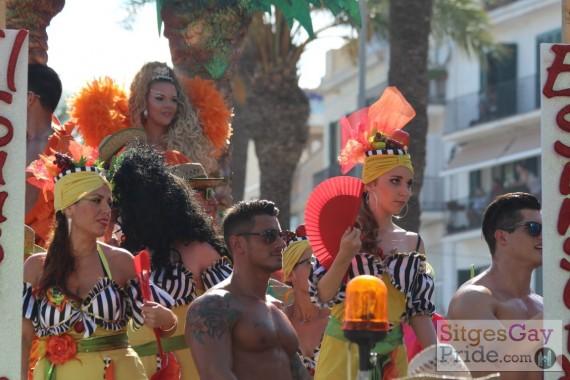 sitges-gay-pride-parade-098