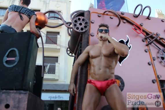 sitges-gay-pride-parade-207