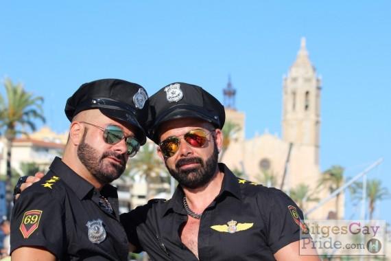 sitges-gay-pride-parade-320